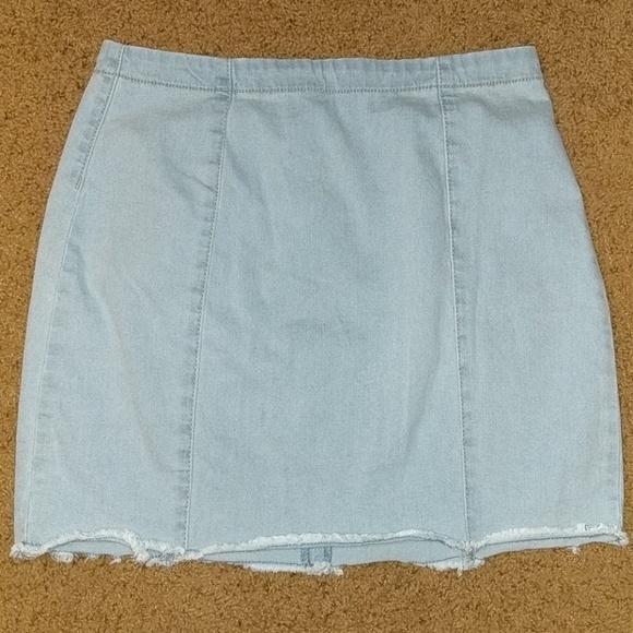 Forever 21 Dresses & Skirts - Strechy Jean Mini Skirt
